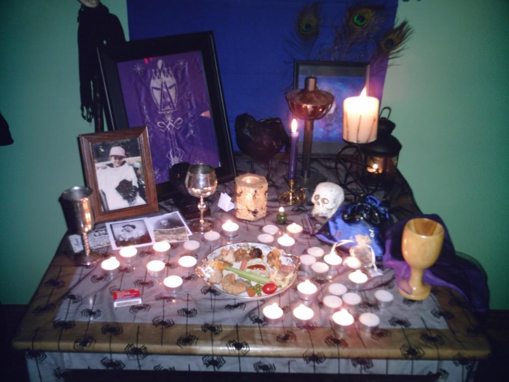 Hallow Ancient Altar 06