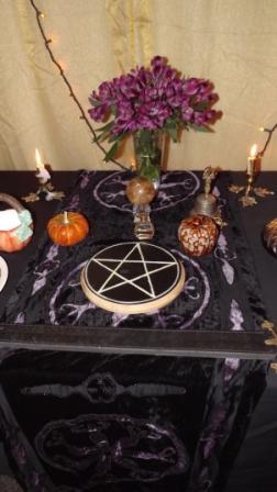 hallow altar 2
